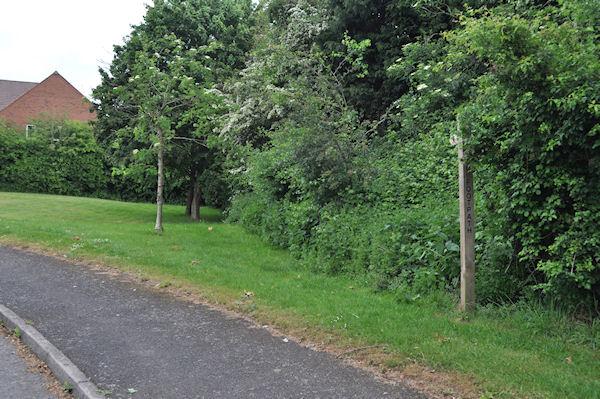 Finger Post at entrance to Blakeways Close